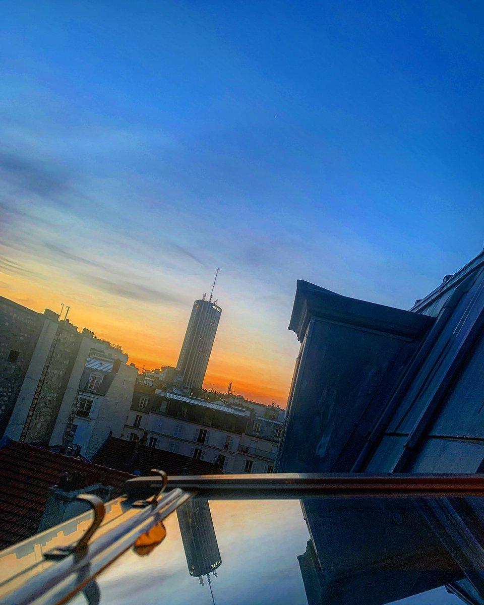 Goooooooood morning Paris !!! #parisjetaime #iloveparis #ilovephotography #parismaville #parismonamour #france🇫🇷 #france #sunset  #sunsetlovers #landscape #landscapephotography #sky  #skyporn #skyphotography #skyisthelimit #cityofparis #Paris17 #iphonex #photography #jeudiphoto https://t.co/tjBeHS3vo0