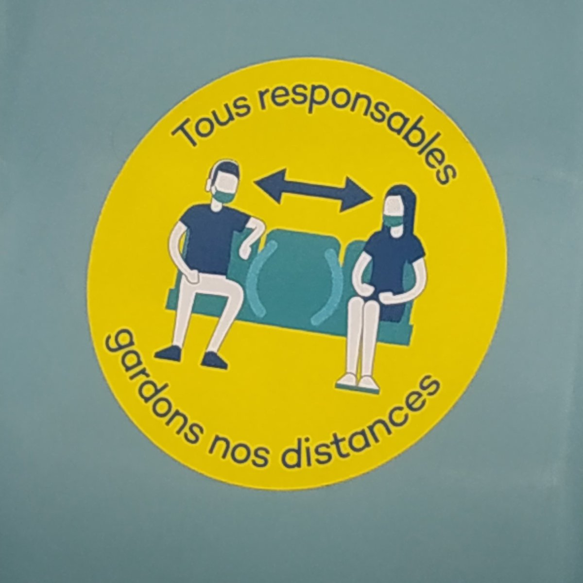 #manspreading even in the #Subway #signs #France #lille #COVID19 https://t.co/eQ0UQwGXJX