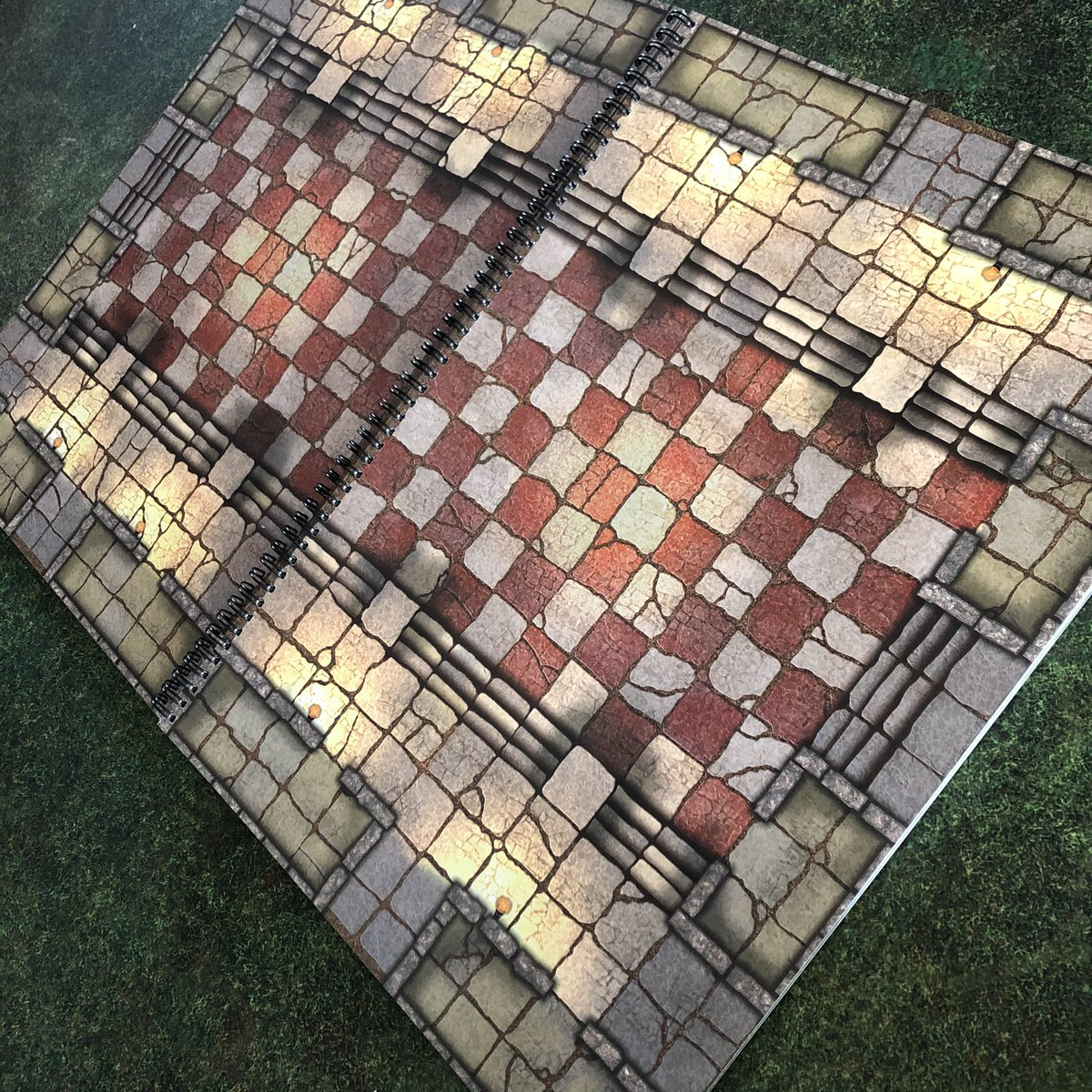 The Great Hall awaits the coming adventure! The Giant Book of Battle Mats Volume 2 is available October 1    from your FLGS or favourite online retailer or https://t.co/7VmIuPXADY #dnd #lokebattlemats #dungeonsanddragons #rpg #ttrpg #battlemap https://t.co/GmD5XH1UfC