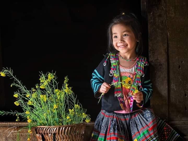 Bonjour 🌼 #Coloretonfil avec #sourire et #fleurs https://t.co/kr6flcDyWU