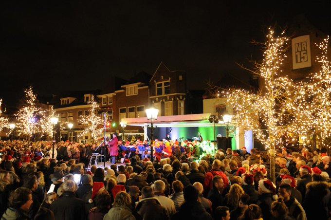 Kerstnachtzingen in Maassluis sneuvelt door COVID-19 https://t.co/KLemrU7lAQ https://t.co/hWxpx5pqwH