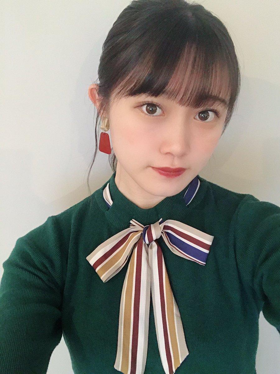 【Blog更新】 サイン書いたよ♪小野田紗栞: 🍋傘を忘れて雨が降っていて気づいた、さおりです♪…  #tsubaki_factory #つばきファクトリー #ハロプロ