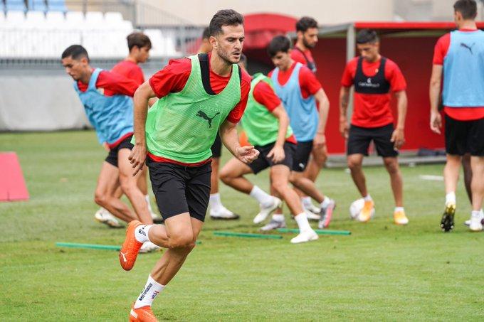 Juan Villar, en un entrenamiento con el Almería.