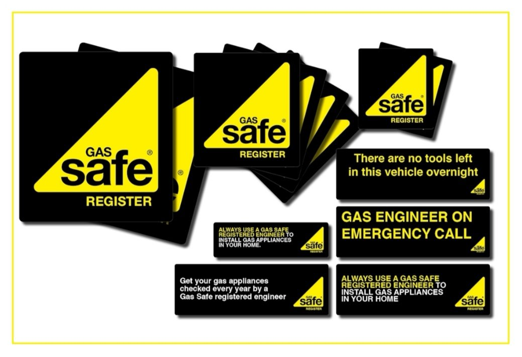 Get this amazing set of #Van #Signs to let everyone know that you are #Gas #Safe👍🏻⬇️  (NOTE - Image is a guide only not an exact example)  https://t.co/l4yf6cfvJb https://t.co/Z6ZjpLIooC
