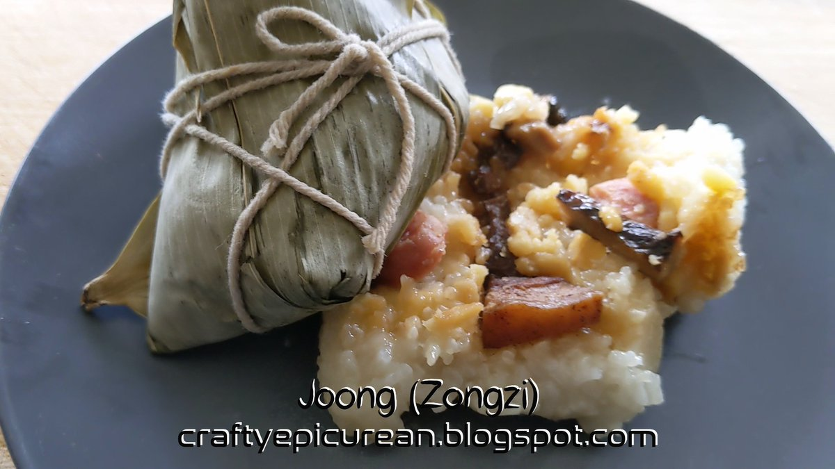 Joong (Zongzi) - glutinous rice packets wrapped in bamboo leaf #Joong #Zongzi #sticky #rice #recipe #glutinous #glutenfree #dairyfree #delicious #yum #food #foodie @CraftingMel   https://t.co/XbamtEG5pz  https://t.co/wqEFlJ6uto https://t.co/3OEVUeqx5j