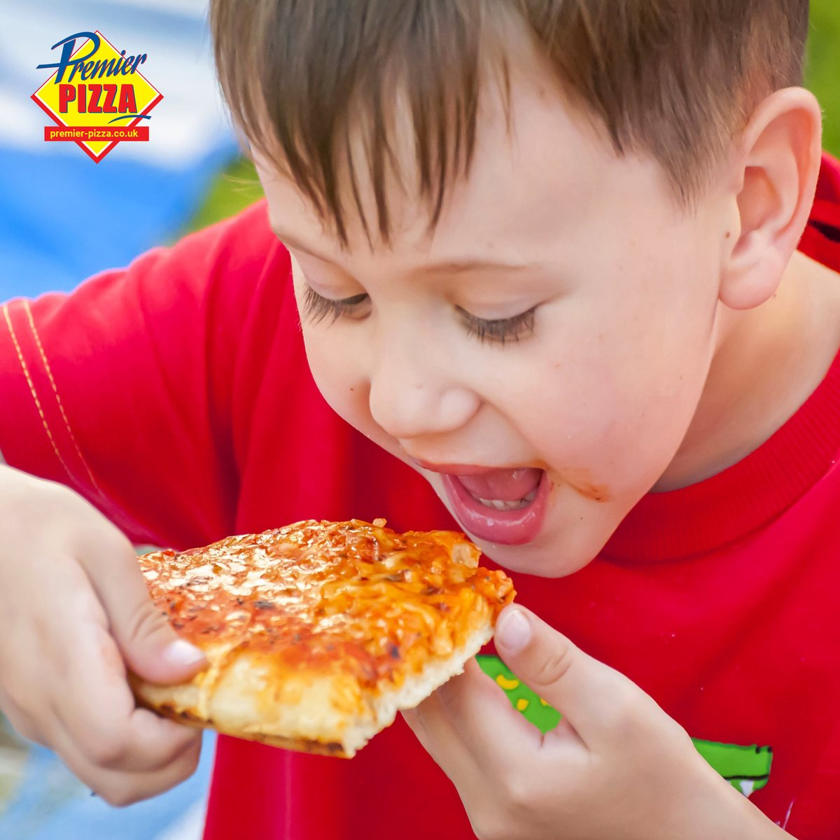 """Stafford Branch:  Kids Meal 6"""" Pizza with a choice of 3 toppings 3 Chicken Nuggets or 3 Mozzarella Sticks Fruit Shoot Only £5 https://t.co/9fNz286wPC . . . . . #premierpizza #westmidlands #stafford #pizza #Bilston https://t.co/NeWtHbWzYI"""