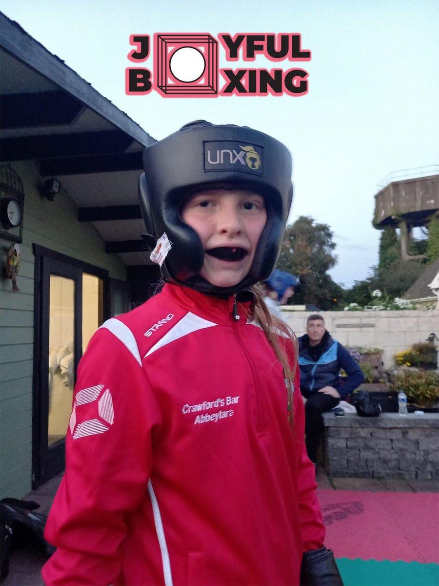 We working 😀🇮🇪🥊  #Joyfulboxing #Fighter #Dunboyne #Ireland #womensboxing #boxing #unorthadoxxx #beleiveinyourself https://t.co/thTk0Du0L4