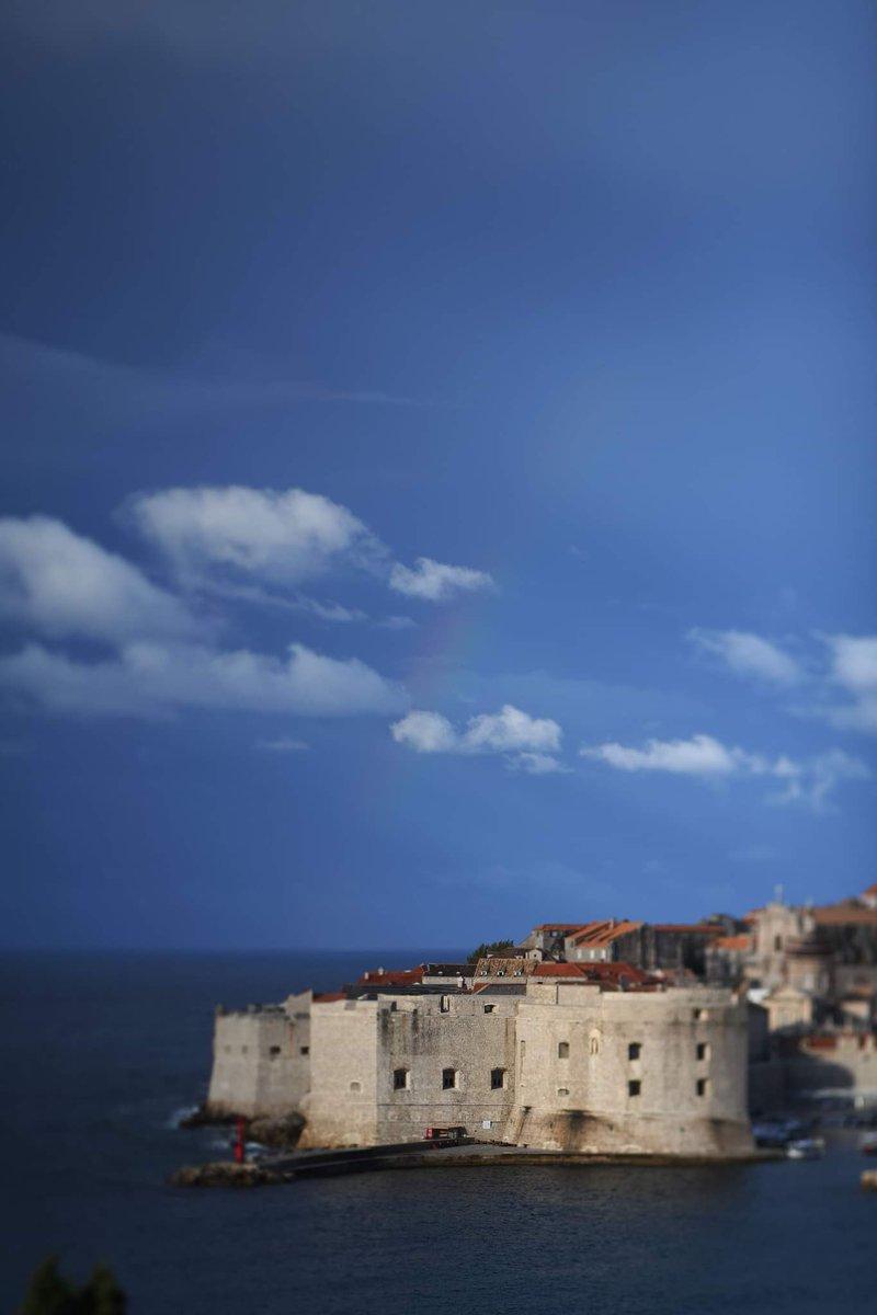 Hello Dubrovnik ☀️ 🤗   https://t.co/Sek68OfPEG   #hellodubrovnik #dubrovnik #croatia #hrvatska #goodmorning #jutro #arhitecture #beautyoftheday https://t.co/TWcxTwl4vA