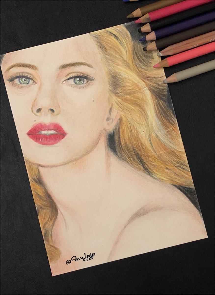 completed but not satisfied...😕 肌色は4色の混色をしたいのが、 今の画用紙は2色まで限界を感じている。(油絵になったみたい) 一旦完成。  #draw #illust #Pencildrawings #drawings #人物画 #pencilart #鉛筆画 #Artist #ArtistOnTwitter #colorpencil #love #girl https://t.co/1jFROwcVls