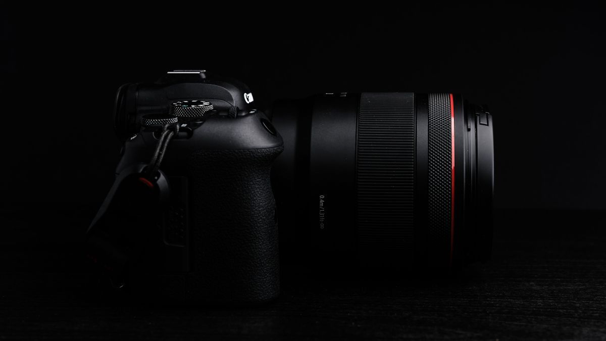'I sold my Sony for a Canon EOS R6' – 5 reasons why this wedding shooter jumped ship to Canon https://t.co/nn5b4wxvtF https://t.co/cjfpCWGOdr