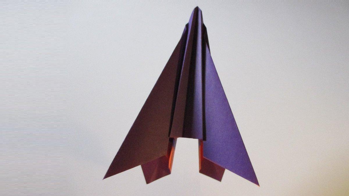 聖書《 また、だれでもこのような子どもの一人を、わたし(イエス)の名のゆえに受け入れる人は、わたしを受け入れるのです。  マタイ18:5》 #origami  #折り紙 #おりがみ飛行機 #折紙 #アート #折り紙作品  #架空機 #創作 #art  #paperplanes #紙ヒコーキ  #みことば #jetfighter #飛行機 作品紹介! https://t.co/WH3NLFPCel