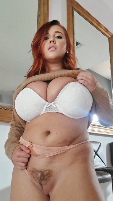 1240 pictures and 260 videos waiting for you 😈 https://t.co/GfBG4W5pdf https://t.co/Yo0sutMxQm