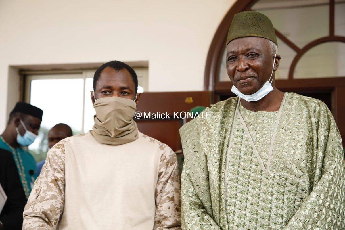 Rencontre ce jour entre le vice-président de la transition et le président. #Cedeao #Cnsp #Mali https://t.co/BRqQ5BZdSA
