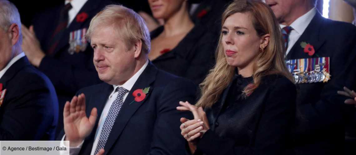 Boris Johnson : sa fiancée Carrie Symonds au coeur d'une polémique après de luxueuse vacances en Italie https://t.co/oPkobH8YWX https://t.co/qQ6erH3EAx