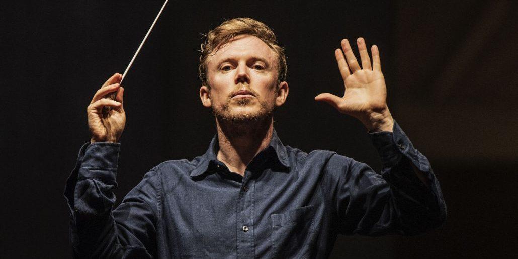 """🎶 La simfonia dramàtica """"Romeu i Julieta"""" de #Berlioz amb @djharding al capdavant de @RundfunkchorB, la @BerlinPhil des de la Filharmonia de Berlín  #ElsConcerts 👇  📻https://t.co/lBAisE9wOi https://t.co/It7EAQVFlw"""
