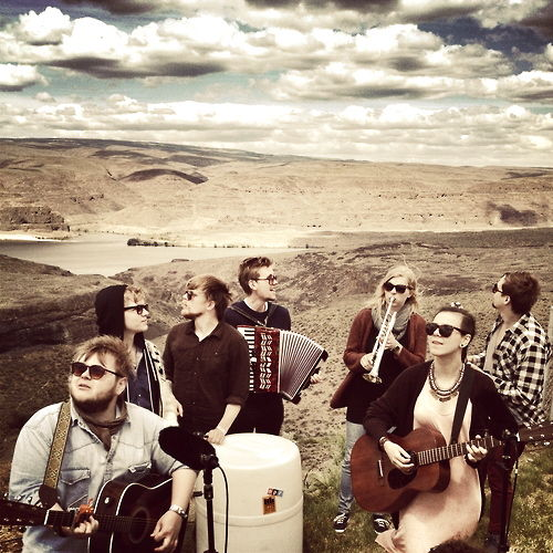 #nowplaying Alligator   performed by Of Monsters And Men   LISTEN :https://t.co/sxOoPSYLiB https://t.co/5BTuNinFoy