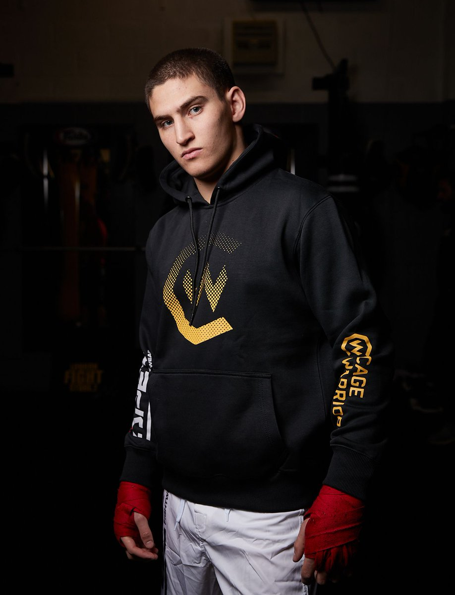 Keep an eye out tonight for our classics from the Cage Warriors X Apex Fightwear collection.  Check out the full range and place your order here: https://t.co/pIiE0mM9Vt https://t.co/U1EbhHiLCe