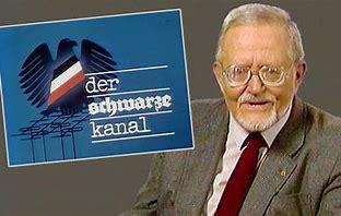 """Heute #Tagesschau jesehen? Ick gloob, ick bin im falschen Film. Oder uff falschem Kanal? Probleme mit Rechtsradikalismus bei #Bundespolizei und #MAD, #VW-Kumpanei mit Brasiliens Militärjunta - ditt kenn ick allet schon aus Karl-Eduard von Schnitzlers """"#SchwarzenKanal"""". @ndaktuell https://t.co/lMgZMPojXx"""