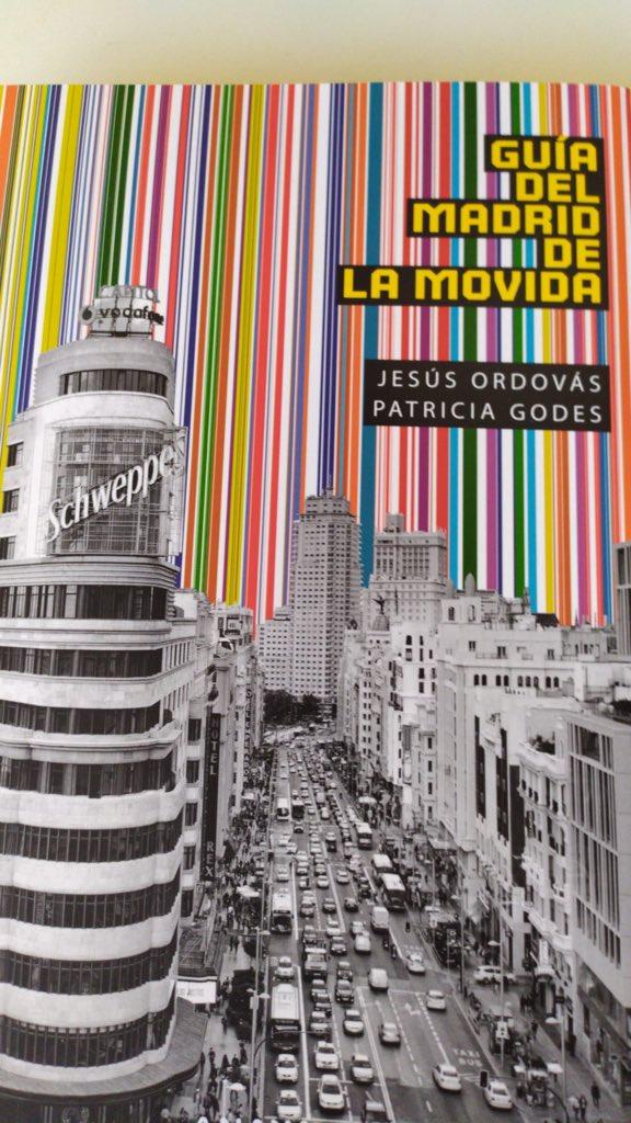Gracias a @PatriciaGodes y @JesusOrdovas por habernos incluido en su libro  #GuiaDelMadridDeLaMovida  Un placer y un honor haber aportado nuestro granito de arena, tanto en la movida Madrileña como en vuestro libro.  #Madrid #MovidaMadrileña  #HazteConUno https://t.co/DYqKtbSEUB