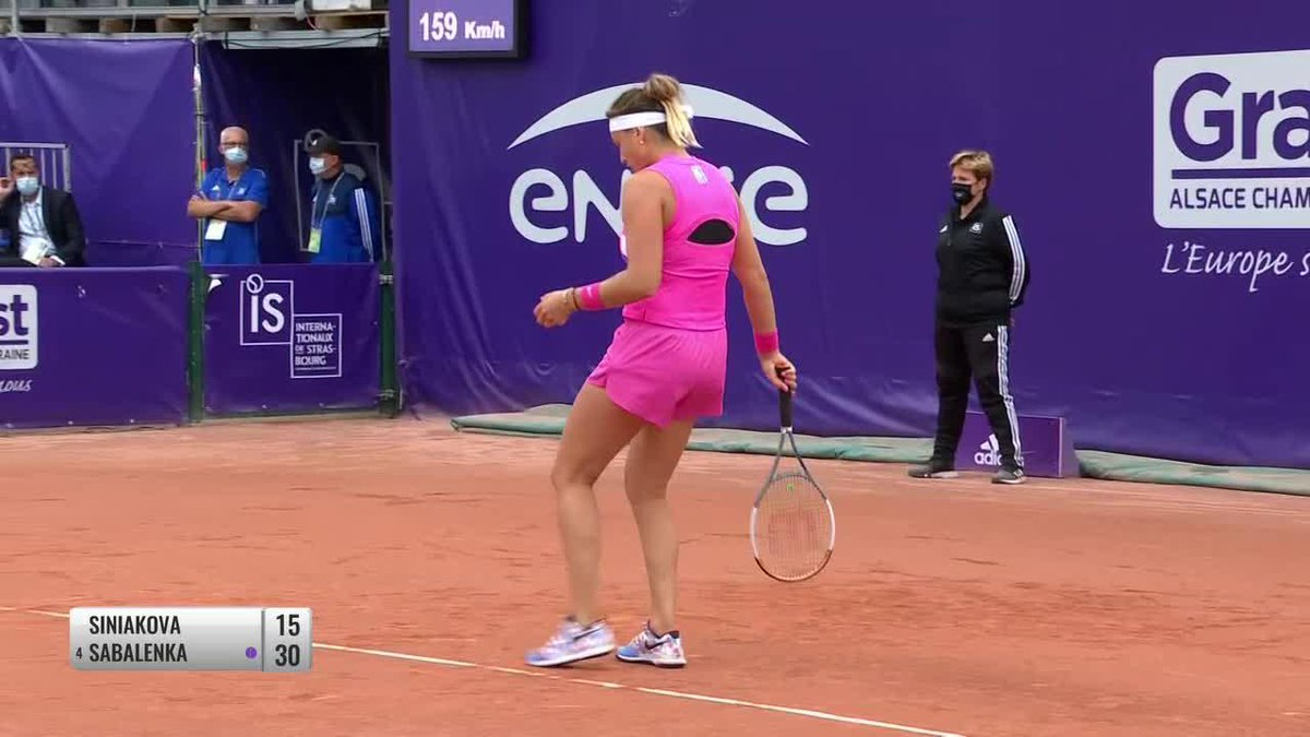 .@K_Siniakova with a super backhand 👏 early against Sabalenka in the last quarterfinal in Strasbourg!  #IS20 https://t.co/SYjLJfBqF4