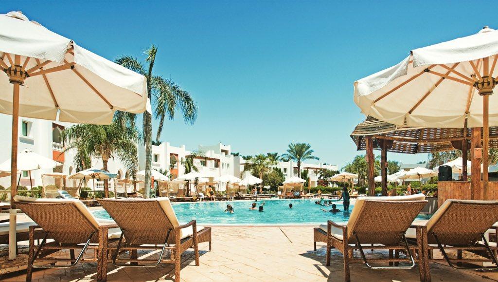 Count down the days to your upcoming vacation where you'll splash your days away at our pool.   #ASaferHoliday #SUNRISEResortsAndCruises #SUNRISEDiamondBeachResort #RedSea #SharmElSheikh #ThisIsEgypt #Egypt #Vacation #Travel https://t.co/il7FkVNoLj