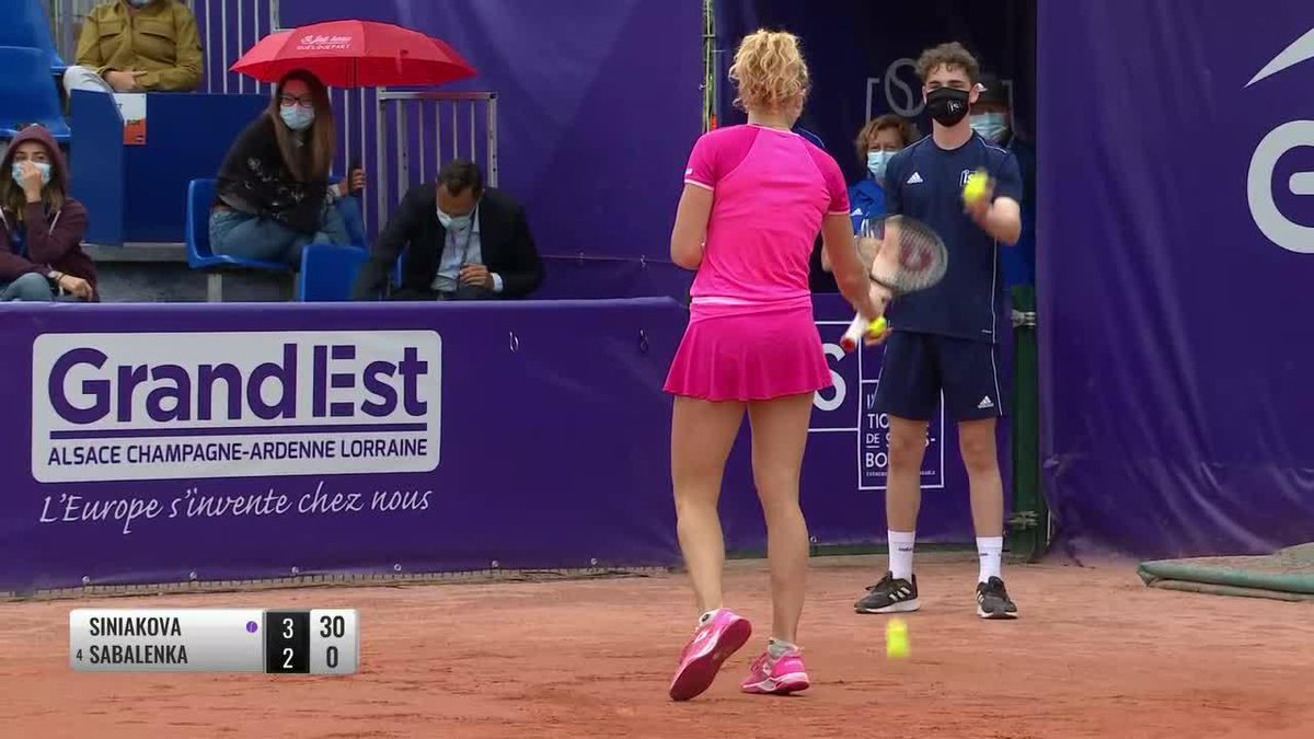 This is incredible defense from @K_Siniakova!   👏👏👏  #IS20 https://t.co/bO0nwHOpeC