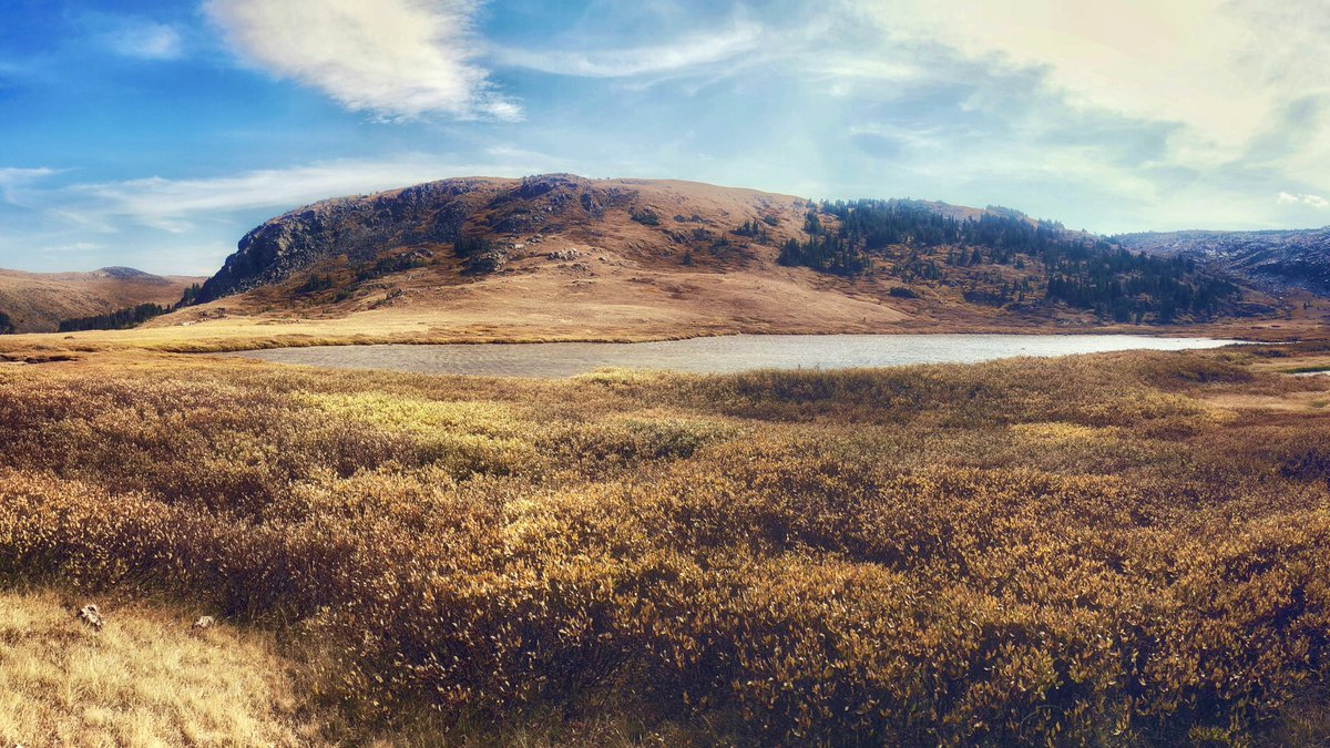 First #autumn hike....🍂 #beartoothmountains #landscapephotography https://t.co/mk4oc71QE7
