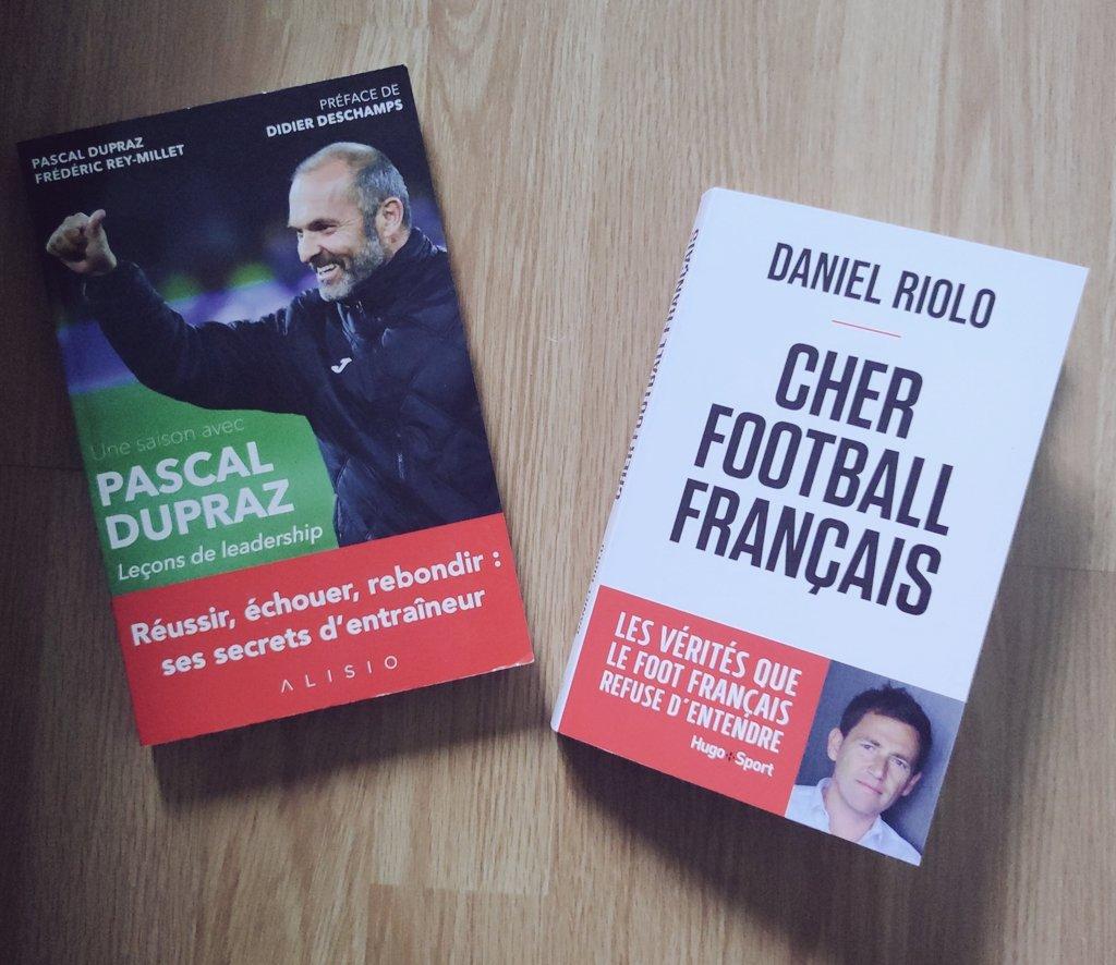 Il y a de l'animosité dans l'air ⚡ Constat efficace, juste et limpide de @DanielRiolo sur l'écosystème du football français ⚽. Courez vite l'acheter. Dédicace à toi, Daniel, avec le livre en photo📘 ⬇️ https://t.co/0igtWLkpRU