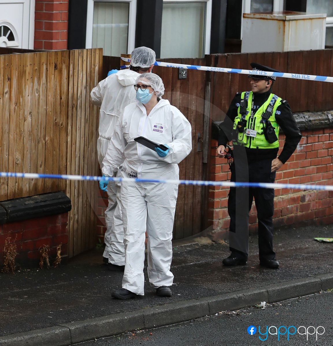 An 'amazing mother' has been #killed in a domestic related #murder in #Leeds https://t.co/gvEga6Thgg https://t.co/dT1PbzFAL1