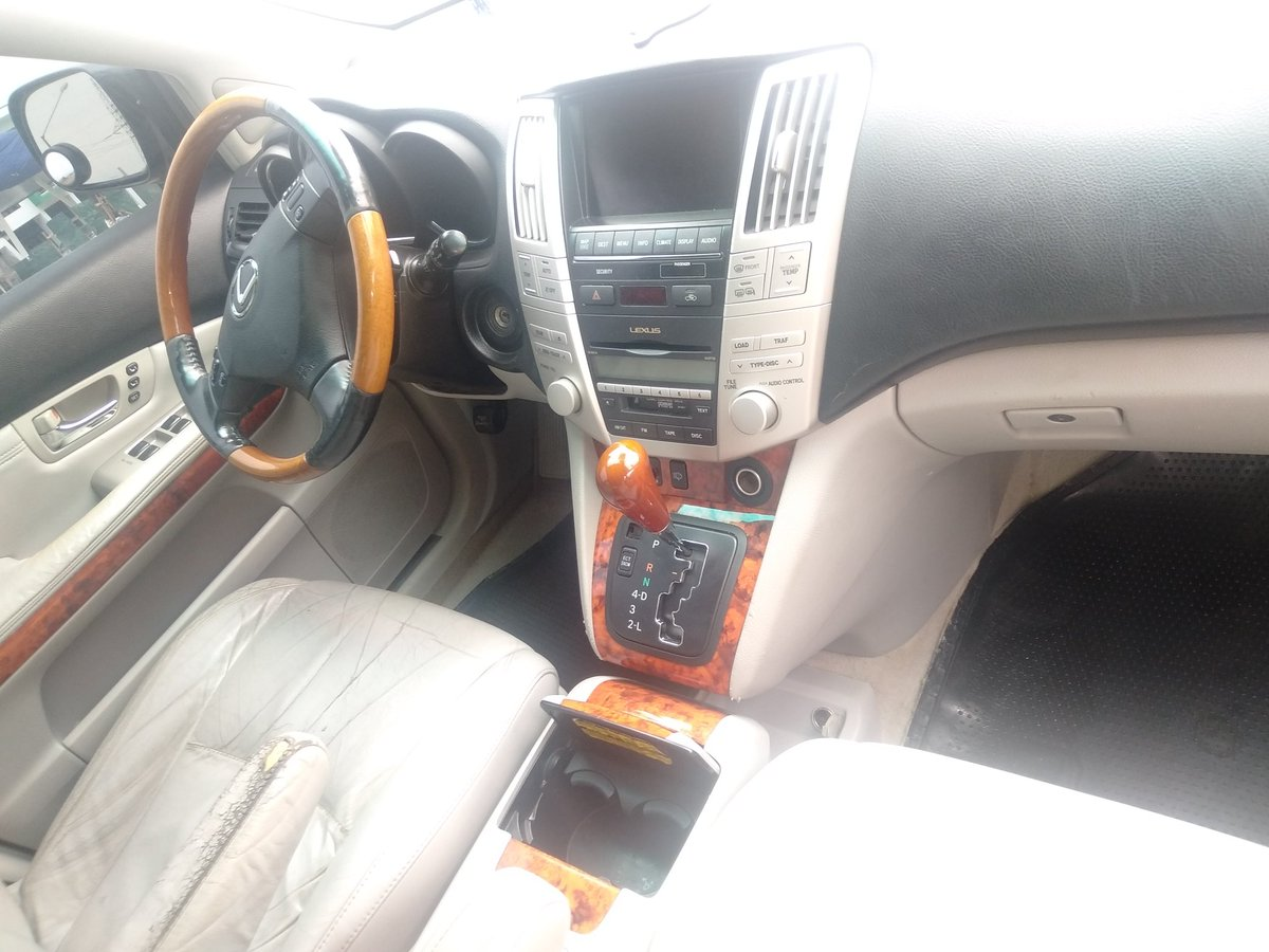 2007 Rx 350 for Sale Lagos Lagos Cleared @bustopsng @Gidi_Traffic @CarDealerBot @SyntacleNig #JerusalemaChallenge #ThursdayMotivation #COVID19