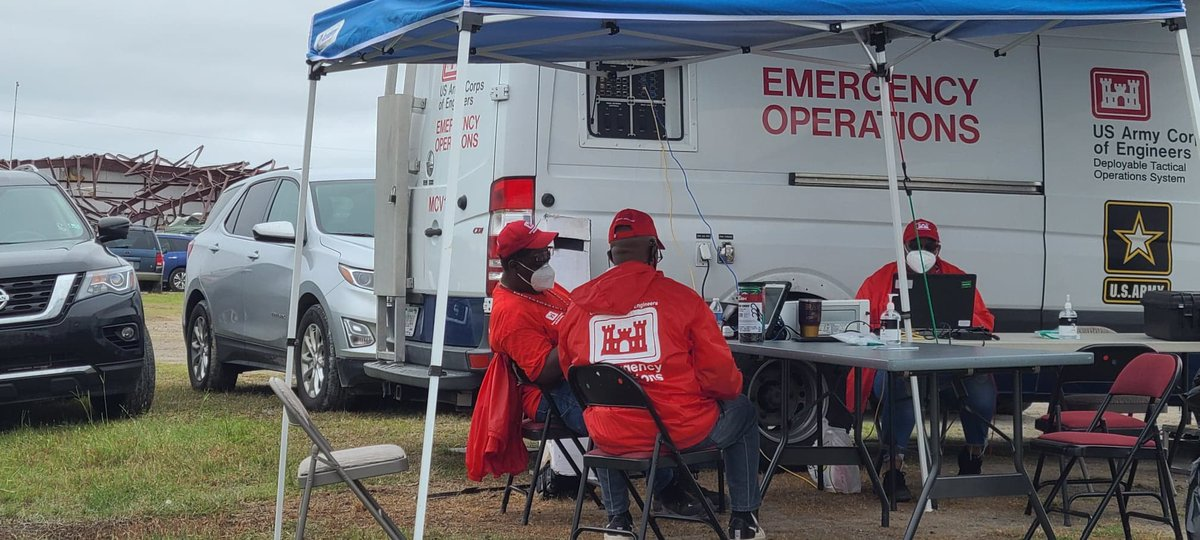 USACE staff are located in Cameron Parish and able to support in-person right-of-entry applications for Operation #BlueRoof. This free service allows those affected by #Laura to obtain a protective covering on their home until permanent repairs can be made. 📷: M. Glasch