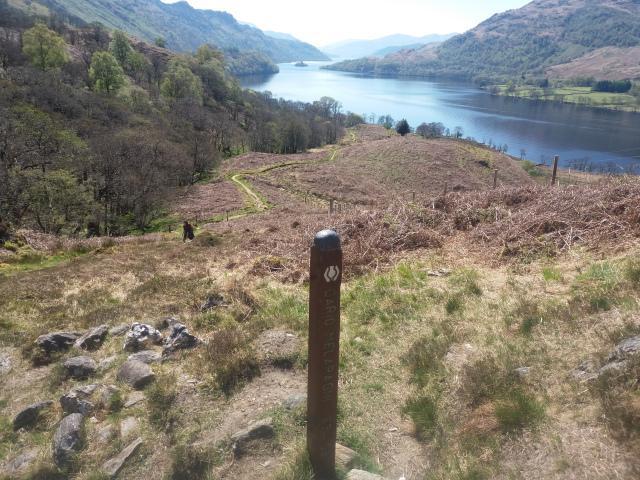 A @lomondtrossachs worker is set to hike the length of Loch Lomond to raise money for charity @VentureScotland Full story: helensburghadvertiser.co.uk/news/18746384.…
