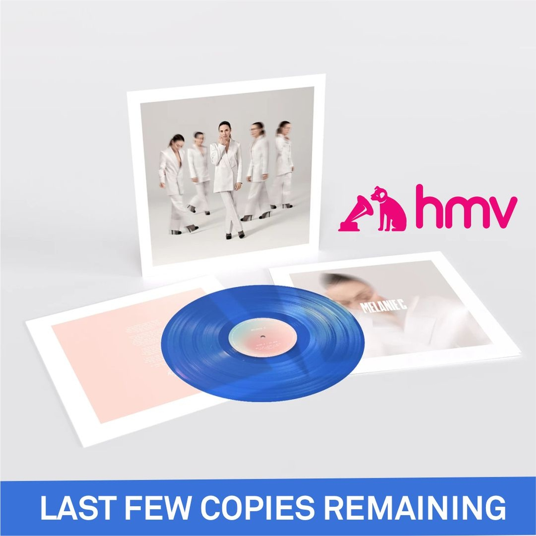 😮 Last chance to pre-order my new album's beautiful transparent Blue Vinyl on @hmvtweets   💙 Head over to their store and get your copy now!  https://t.co/CDvYwgGWaP https://t.co/O1pDoc5ccg