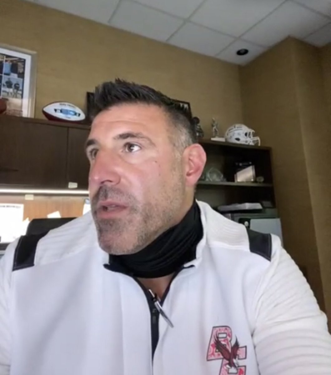 Vrabel reppin' @BCFootball today on @Titans zoom.