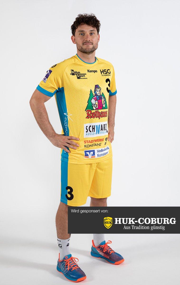 Unser neues #Team: Die #Linksaußen!💛💙 Starkes Quarett: Routinier Fabian Schlaich, ungarischer Junioren-#Nationalspieler Aron Czako, Samuel Wendel (Future-Team), B-Nationalmannschaft Österreich) & Eigengewächs Patrick Volz aus der #HSG-#Jugend: https://t.co/yD2jM3DTps #Konstanz https://t.co/2q1Y0lsuDY