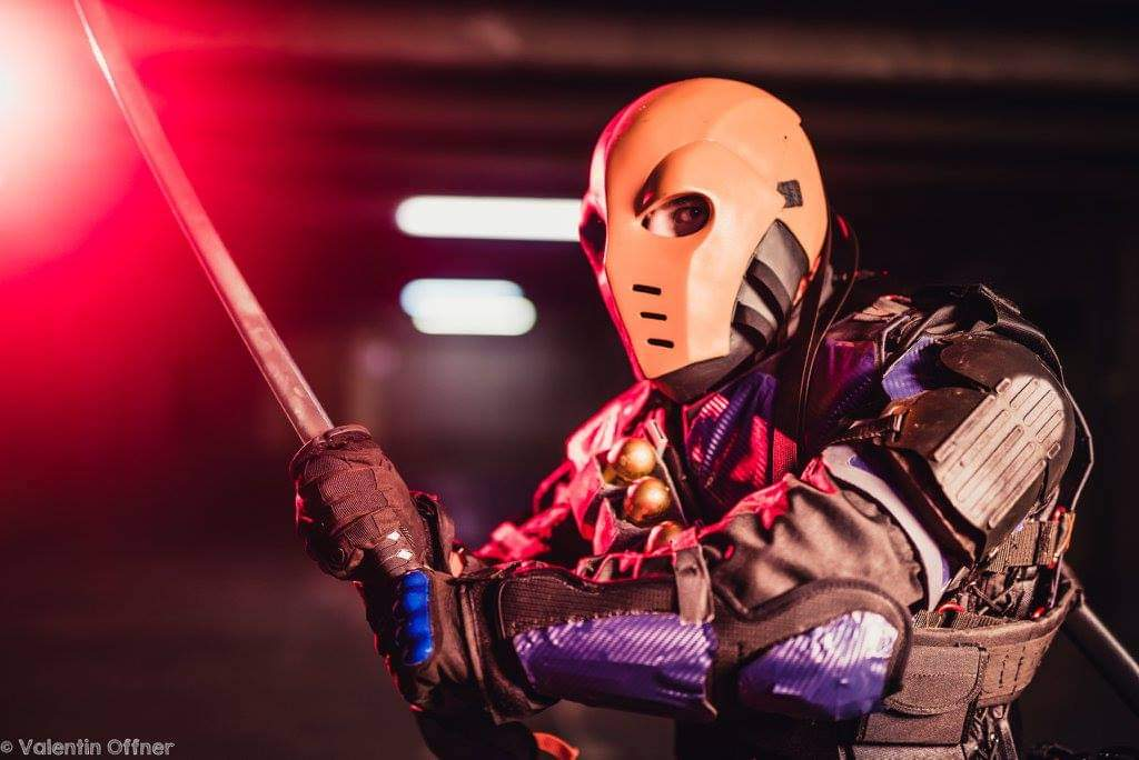 You have failed your City  Photos: Valentin Offner: Photographe  #cosplayers #cosplayersofinstagram #photooftheday #picoftheday #me #fitness #comiccon #photo #fitfam #photographylovers  #fit #bodybuilding #dccomics #dceu #deathstroke #sladewilson #arrow #flash #batman #comicbook https://t.co/R1K0434OSn