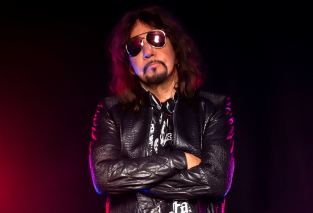 ACE FREHLEY: 'I'm The Most Interesting Member Of The Four Founding Members' Of KISS https://t.co/GinYPddZEd https://t.co/9n0yfmOWHU