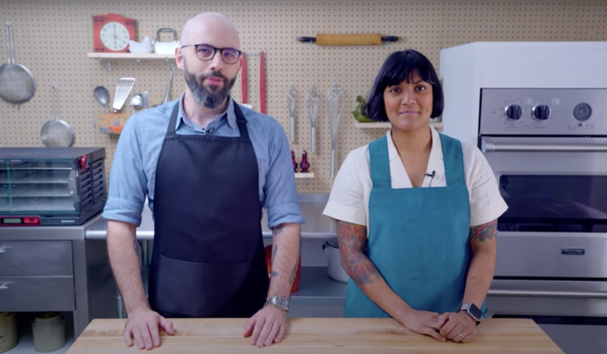 Sohla El-Waylly, formerly of the Bon Appétit test kitchen, announces new YouTube show https://t.co/vW7dC2vK7x https://t.co/a1Fx2bBxCn