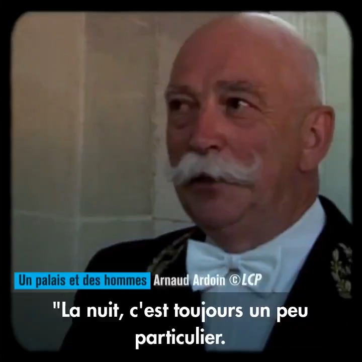 """En 2005, @ArnaudArdoin obtient l'autorisation de filmer l'Assemblée de nuit. Une première, dans les coulisses du palais Bourbon.  Pour les 20 ans de """"La Chaîne Parlementaire"""", il revient sur ce moment.  À retrouver sur notre chaîne YouTube >> https://t.co/ICEDMGySa8  #20ansLCP https://t.co/4aZubao9Tn"""