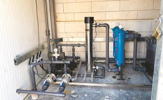 محطة لمعالجة مياه الوضوء في أسواق المباركية     https://t.co/VfKpb7NMsR   #الكويت #وزارة_الاوقاف #البلدية #الانباء https://t.co/qMefOmaRmg