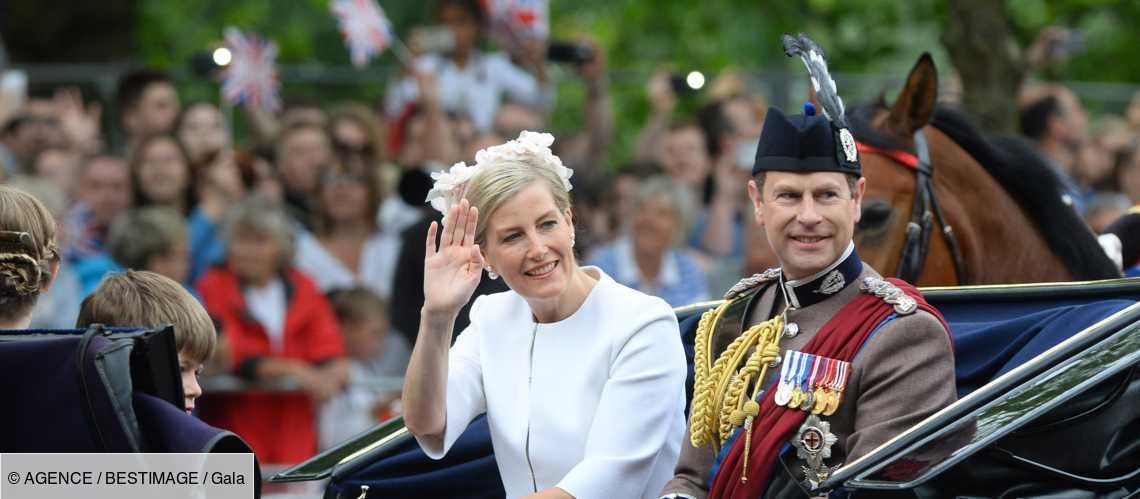 Le saviez-vous ? Sophie de Wessex et le prince Edward ont combattu des rumeurs sur leur couple https://t.co/nuJlrywk7S https://t.co/5w0y5JodYM