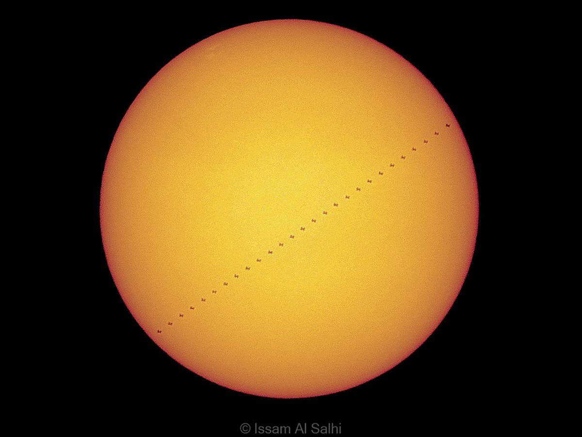 I had the chance to photograph transit of @Space_Station 🛰️  in front of the Sun on September 23, 2020.  صورة لـ #محطة_الفضاء_الدولية أثناء عبورها أمام الشمس في ٢٣ سبتمبر ٢٠٢٠م. https://t.co/ElNofd6z2p