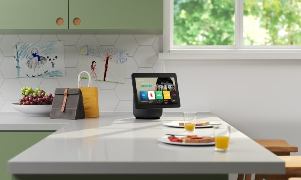 Amazon's Echo Show 10 has a new design and more privacy tools