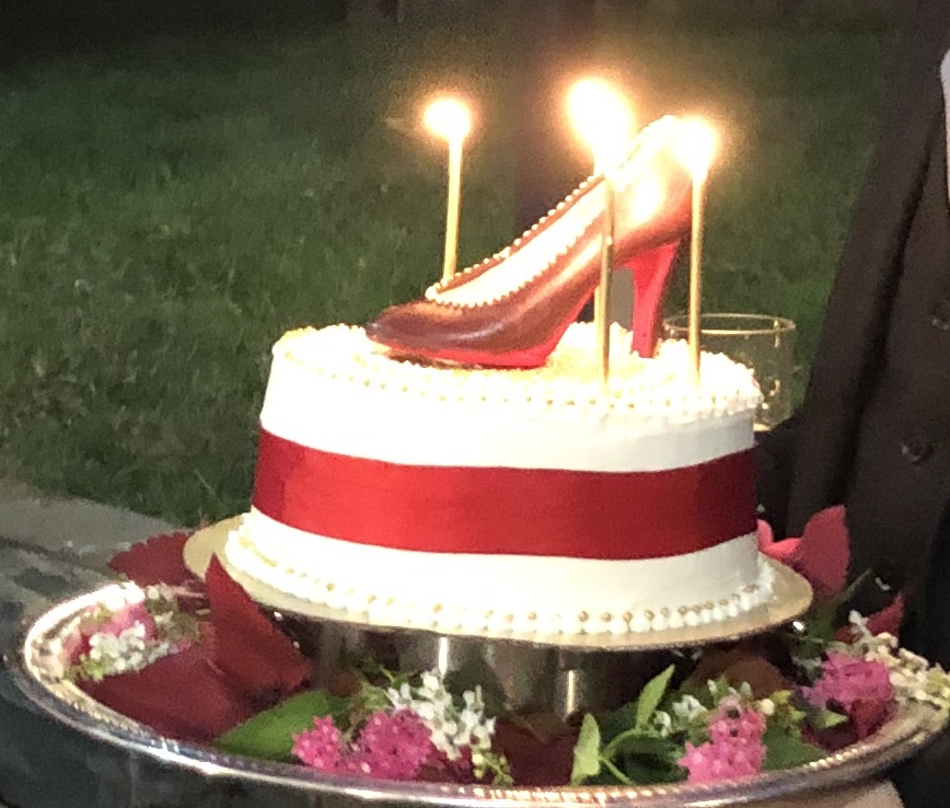 Thanks to all those who were kind enough to send birthday wishes yesterday. We had a brilliant chocolate cake,  topped with a chocolate stiletto! https://t.co/cXQ71sASC3