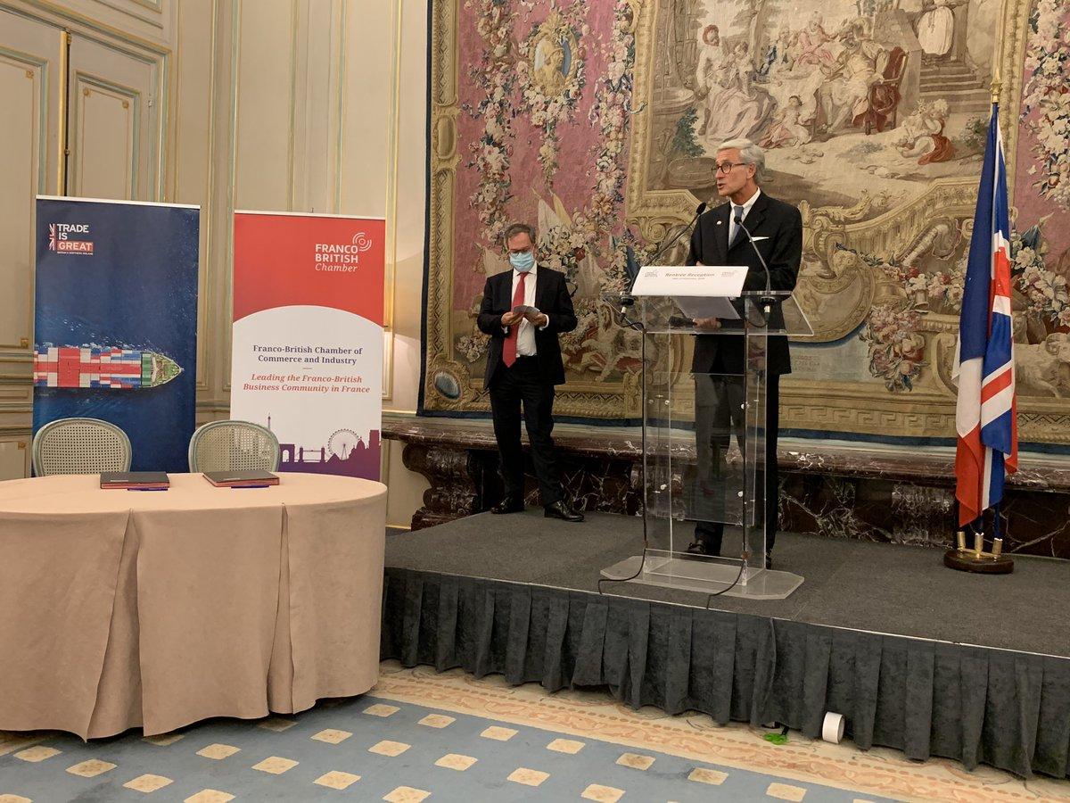 #francobritishchamber speeches have started. The @FBCCIPresident welcome the guests and @EdLlewellynFCDO the #british #ambassador to #France.  @CrossCInstitute @UKinFrance @JaguarFrance https://t.co/JH9OM0EMGa