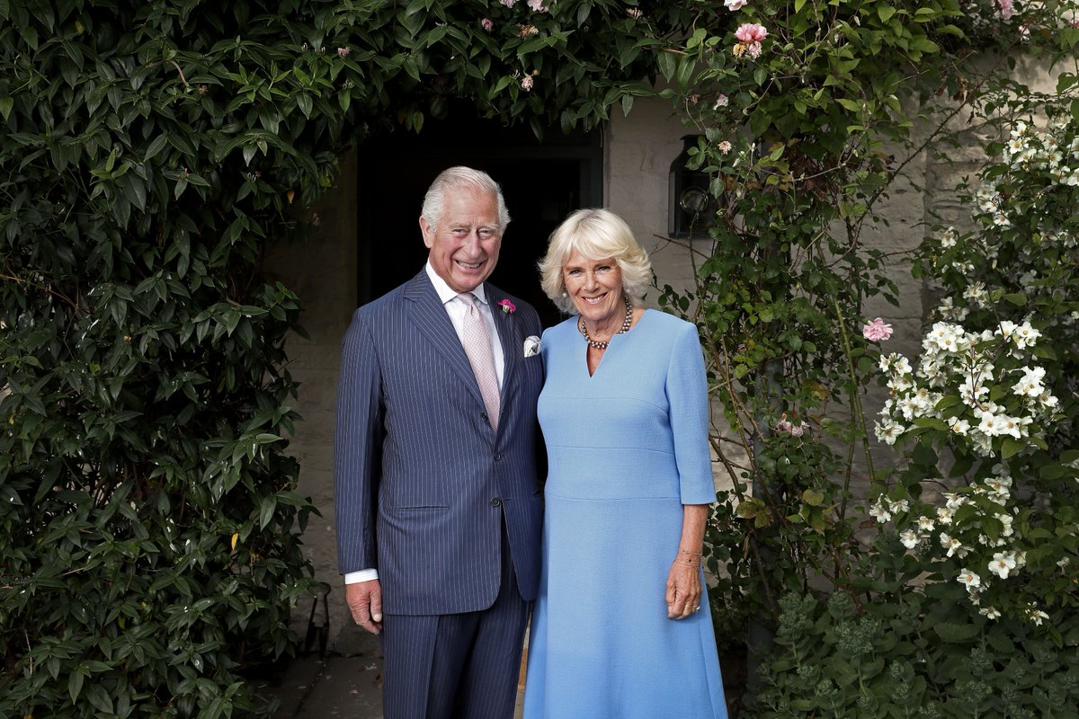 🤝 580 official engagements 🌆 90 UK towns 🌏 14 countries Take a look back at highlights from The Prince of Wales and The Duchess of Cornwalls official and charitable work in the 2019/20 year in review. Here is the 2019-2020 Annual Review.