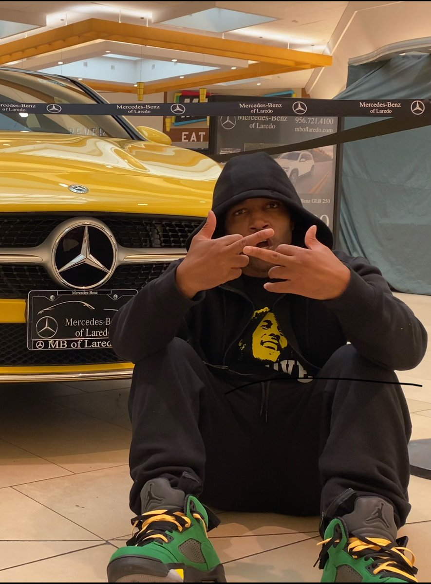 If you hoped we wouldn't make it fuck you. Only Way2Real blood and sacred fuck you. #MercedesBenz #BobMarley #MichaelJordan #kirk #cocaine #hiphop #Musica Check me out on Youtube at Way2Real Entertainment. Stay tuned. https://t.co/KEHvDbdn6R