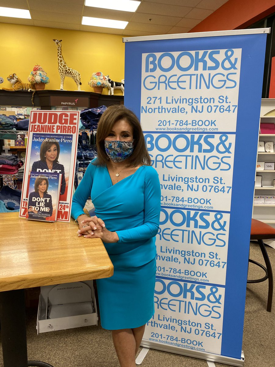 In New Jersey signing copies of my new book #DontLieToMe! https://t.co/NLqAHXdD5q