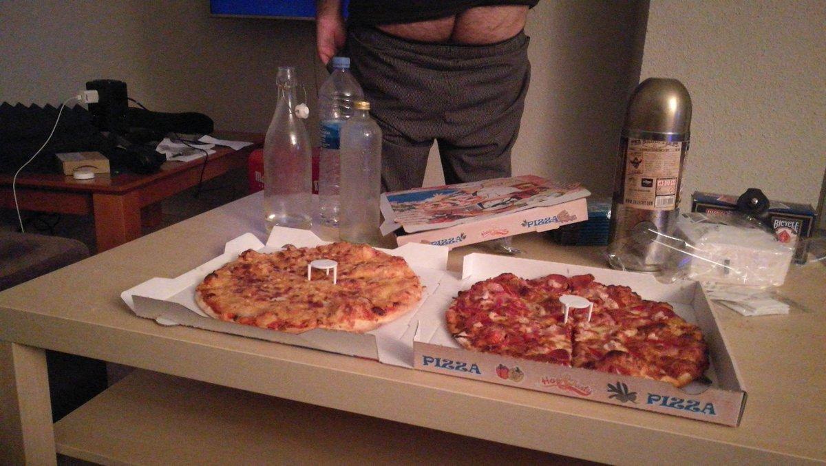 Siempre que vengo me encantan las pizzas del zampa la verdad #ad @Felipez360