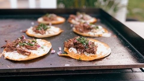 These look INSANELY good! Have you tried to make tacos on the Flat Iron® yet? If not, this picture should be all the inspiration you need to do so!   📷 by @thatswhatsheeats: I cannot stop thinking about these quesabirria tacos I made last week. 🤤🌮. https://t.co/pdMOlFwKxN